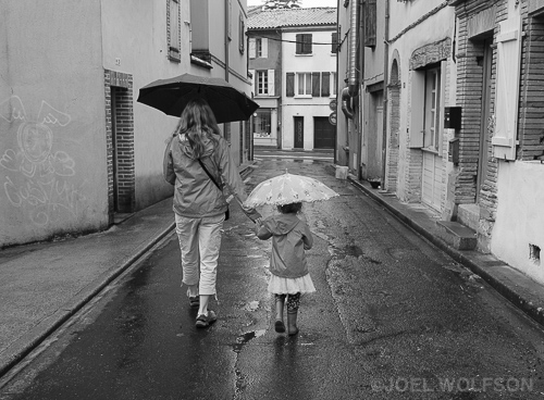 The London rain followed us to Gaillac but I don't let the rain stop me from shooting. I shot this on the way to a restaurant where I experienced yet another amazing French meal. I'm always hard pressed to decide whether French cuisine or Italian is my favorite in the world! I used the Fuji 23mm f1.4 lens which is a great all-around slice of life lens. 1/60 sec f4.0 ISO 320 with X-Pro2 in RF mode.